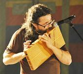 Versiona una BSO amb instruments del carrer